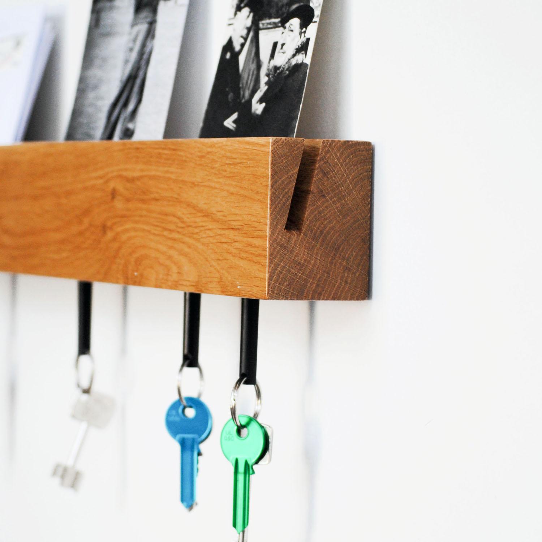 crema mDesign Pratico portacorrispondenza da muro Compatto porta chiavi da parete con 2 scomparti per la posta e 5 ganci Portachiavi multiuso per parete in plastica e metallo