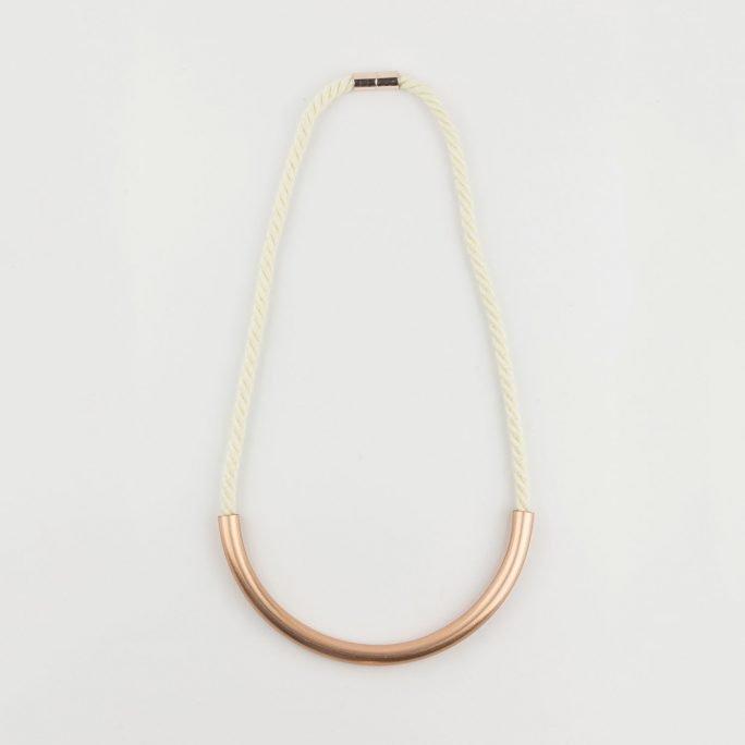 Design Necklace Peonia