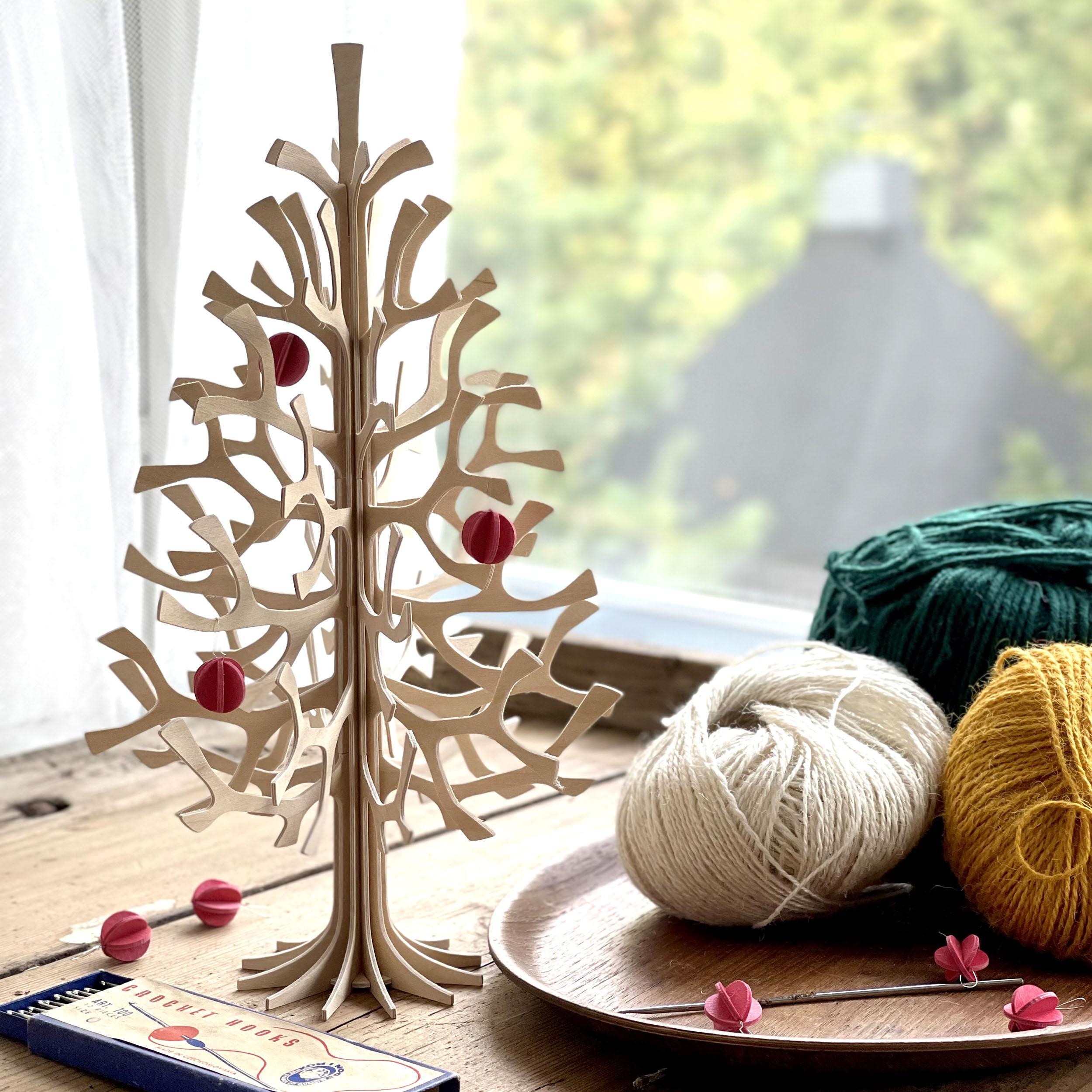 Albero Natale con Decorazioni